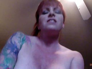 Снял порно от первого лица со своей матюркой, пока никого не было дома