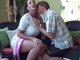 Секс  Persia Monir и неопытного парня