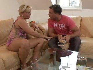 Порноролики с немками, фото у девушек дрожь по коже